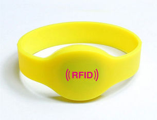 China High quality Oval Shape Silicone RFID Wristband supplier